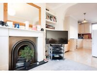 REDUCED!! MODERN 2 BED FLAT AVAILABLE IN STOKE NEWINGTON/DALSTON! BEAUTIFUL VICTORIAN MAISONETTE
