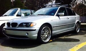 2003 BMW 325i  beautiful car trade for a jeep tj