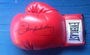 Oscar De La Hoya Signed Boxing Glove JSA Authentic