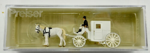 PREISER TT SCALE 75150 HORSE DRAWN CARRIAGE FIGURE SET