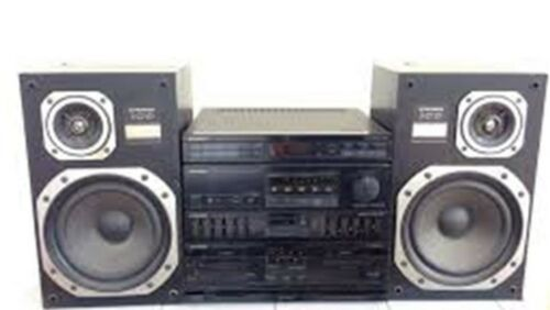 PIONEER RX-Z71 STERIO AMPLIFIER,TAPE PLAYER & EQUALIZER UNIT & S-Z71D SPEAKERS