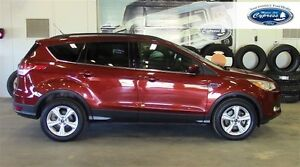 2014 Ford Escape SE (Navigation  Bluetooth  Reverse Camera)