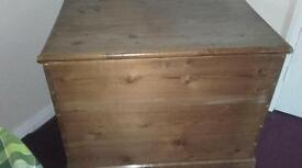 VICTORIAN PINE LARGE LINEN TOY BOX
