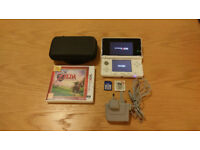 Nintendo 3DS Console Bundle - White - 16GB SD Card - Games, Cover, Case + Charger