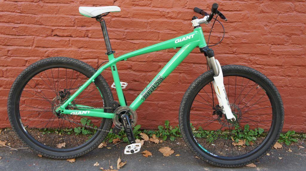 Giant Brass 26 Disc Single Speed Jump Mountain Bike L In