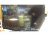---------32 INCH TECHNIKA LCD TV--------------
