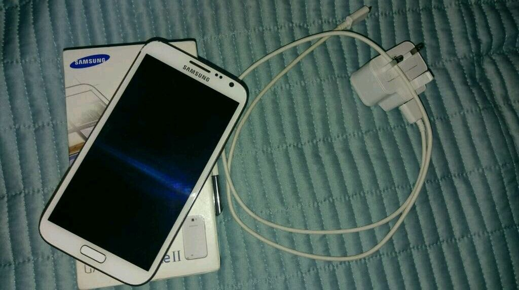 Samsung Galaxy Note 2 16GB Sim Free SmartphoneCeramic Marble Whitein Newham, LondonGumtree - Samsung Galaxy Note 2 16GB Sim Free Smartphone Ceramic Marble White Screen always been used with screen protector no scratches.Small scratches on the body