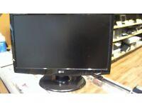 """LG 22"""" LCD PC MONITOR"""