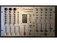 Studiomaster Fusion Karaoke/Disco mixer