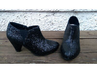 Tammy girl shoes size 1