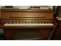 Bentley Upright Piano (Full-Size Piano)