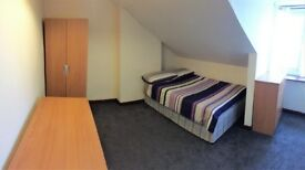 Adorable Double Room Available!!