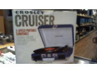 CROSLEY CRUISER 3 SPEED PORTABLE TURNTABLE