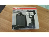 Metz CT60 Flashgun Boxed Mint condition -Works perfectly.