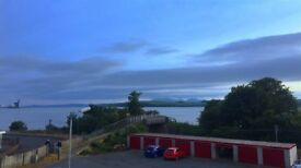 2 Bedroom Flat with superb sea views