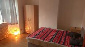 Large double room in warm house