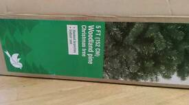 Brand new 5ft Christmas Tree