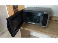 Kenwood microwave oven. 900 Watt. As new condition.