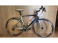 Giant Propel Advanced2 carbon aero road bike, brand new, size M.