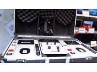NUMARK DJ SET IN FLIGHT CASE