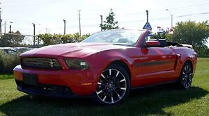 2011 Ford Mustang CONVERTIBLE  GT RED AUTO