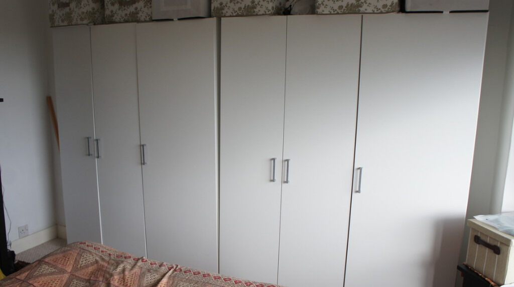 Ikea DOMBAS wardrobesin Headington, OxfordshireGumtree - Two Ikea DOMBAS free standing wardrobes in white. It has 3 adjustable shelves in one side and a clothes bar in the other. Dimensions Width 140 cm Depth 51 cm Height 181 cm It will have to be disassembled to move it. There are two wardrobes available,...