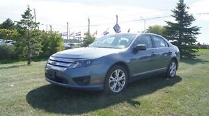 2012 Ford Fusion SE * SUNROOF * AUTO * FINANCE AVAILABLE