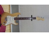 FENDER STRATOCASTER USA DELUX PLUS N3 1993 in MINT CONDITION