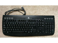 Logitech 350 USB Multimedia/Internet Keyboard