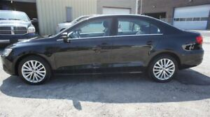 2012 Volkswagen Jetta HIGHLINE, LEATHER, SUNROOF, NAVI