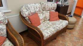 Living Room/Conservatory Suite Furniture. Sofa, 3x Chairs, Coffee Table & Plant Stand