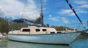 Sail boat Roberts 25 Tin Can Bay Gympie Area Preview