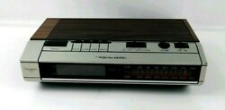 Vintage Realistic Radio Alarm Clock Wood Chronomatic 252 Model 12-1560 AM/FM