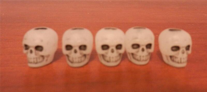 "20 Plastic Glow in the Dark Skull Beads Goth 3/8"" Cool Halloween Craft GID"