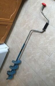 Ice Fishing Hand Auger and accessories 4 sale