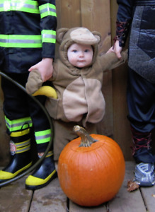 Infant Old Navy Monkey Halloween costume. 0-6 months. Very cute