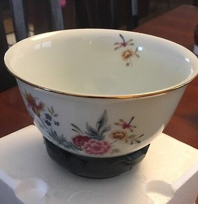1981 Avon Porcelain Bowl With Stand, NIB