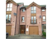 Fantastic double in a fully refurbished 3 bedroom House