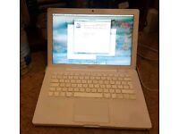 MacBook (2.0Ghz C2D/4GB Ram)