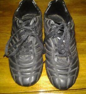 Spaulding Soccer cleats: Children's size 4 Peterborough Peterborough Area image 1