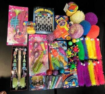 PARTY BAG FILLERS & GIFTS - 50C TO $1!! kids toy game present