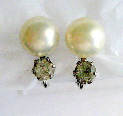 FAUX PEARL AND RHINESTONE SILVER TONE COLOR EARRINGS CLIP ON SCREW BACK VINTAGE