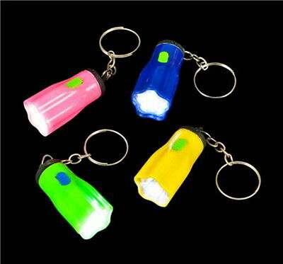LOT OF 24 MINI STAR FLASHLIGHT KEY CHAINS, LED BATTERIES INCLUDED, GOODY BAGS
