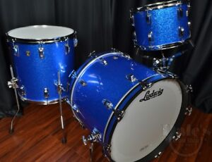 Wanted Ludwig Blue Sparkle drumset