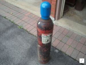 - C25 or CO2 Welding gas bottle and/or gauge - WANTED