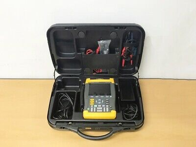 Fluke 199b Handheld Scopemeter 200mhz 2.5gss With Accessories
