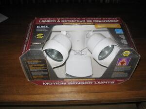 Lampes détecteur de mouvement EML Technologique
