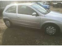 Vauxhall corsa c drivers door and passengers (breaking whole car)