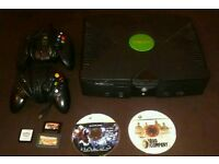 Original Xbox moded and 2 360 games 1 ds game and 1 gameboy game and unown game