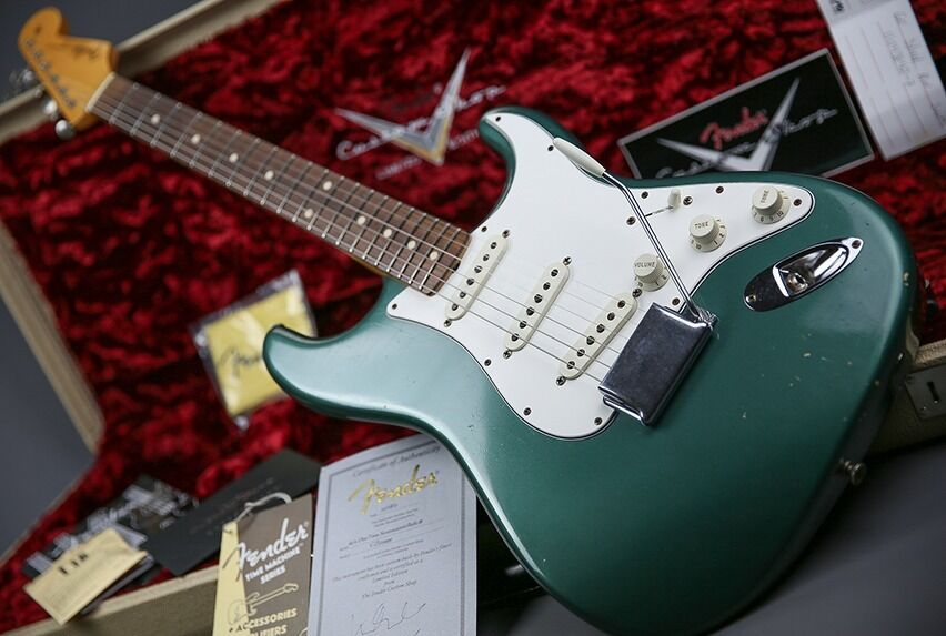 fender usa custom shop 1960 relic duo tone stratocaster sherwood green case coa in. Black Bedroom Furniture Sets. Home Design Ideas